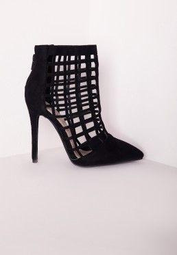fded213255491 Bottines à talons en suédine noire découpes carrées   chaussures de ...
