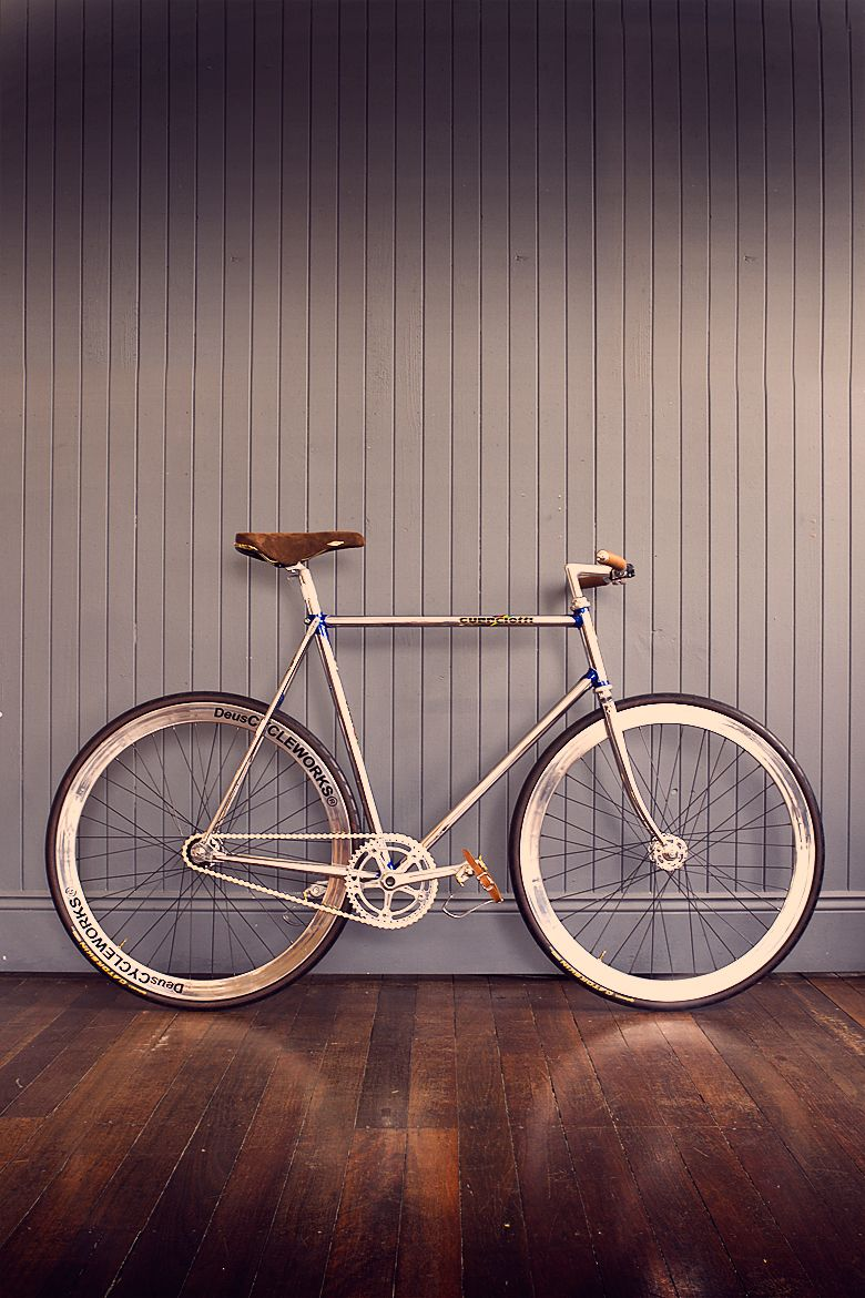 THE FRENCHMAN'S GUERICIOTTI - A rather dashing velocipede if we don't say so ourselves.