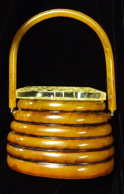 "Vintage ""beehive"" bakelite purse with lucite lid"