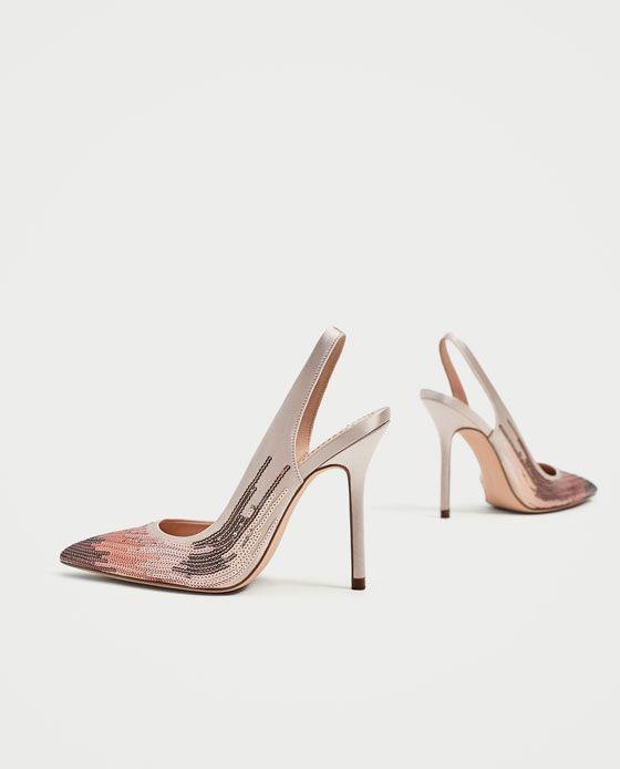 Zara Zapato de tacón destalonado gris con lentejuela