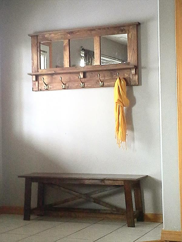 Diy Pallet Mirrored Coat Rack Pallet Furniture Diy Idee Deco