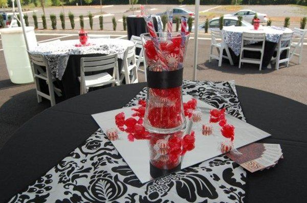 Black White Red Wedding Theme Edible Favors Photos Pictures Weddingwire