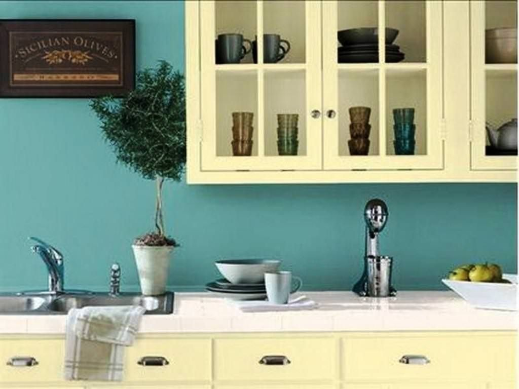 Small Kitchen Paint Colors - Kitchen Backsplash Design Ideas Check ...