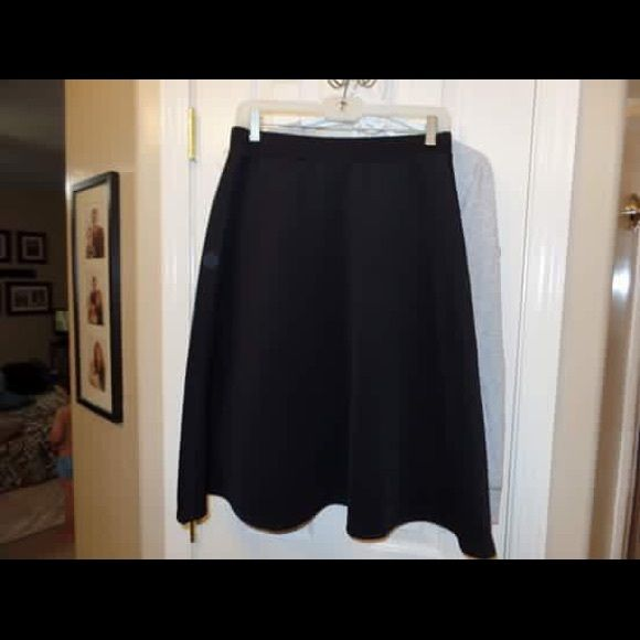 Black A line stretch waist skirt. Small Never worn Skirts Midi