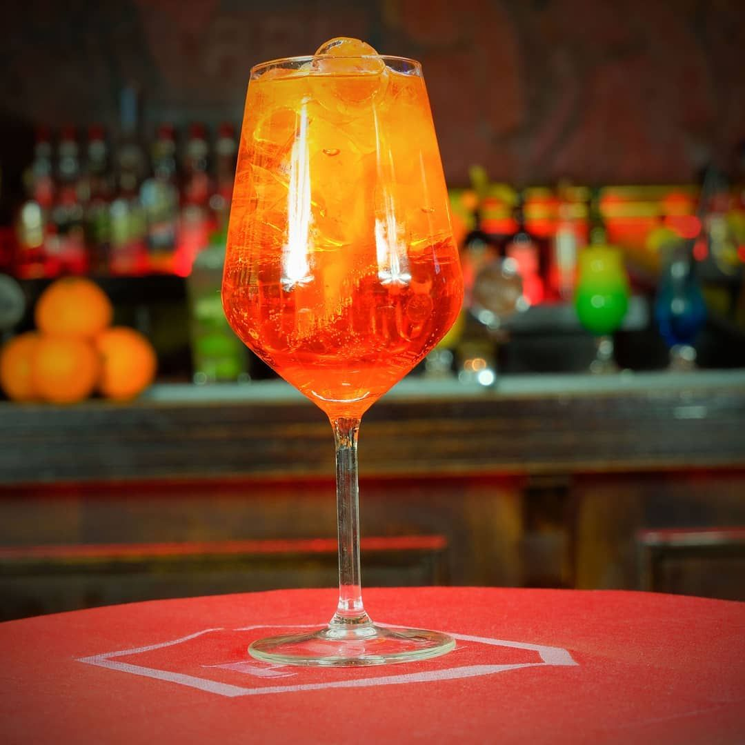 New The 10 Best Home Decor With Pictures Towarzyszki Czy Ten Drink Podbil Rowniez Wasze Serca Aperol Spritz Poleca Alcoholic Drinks White Wine Alcohol