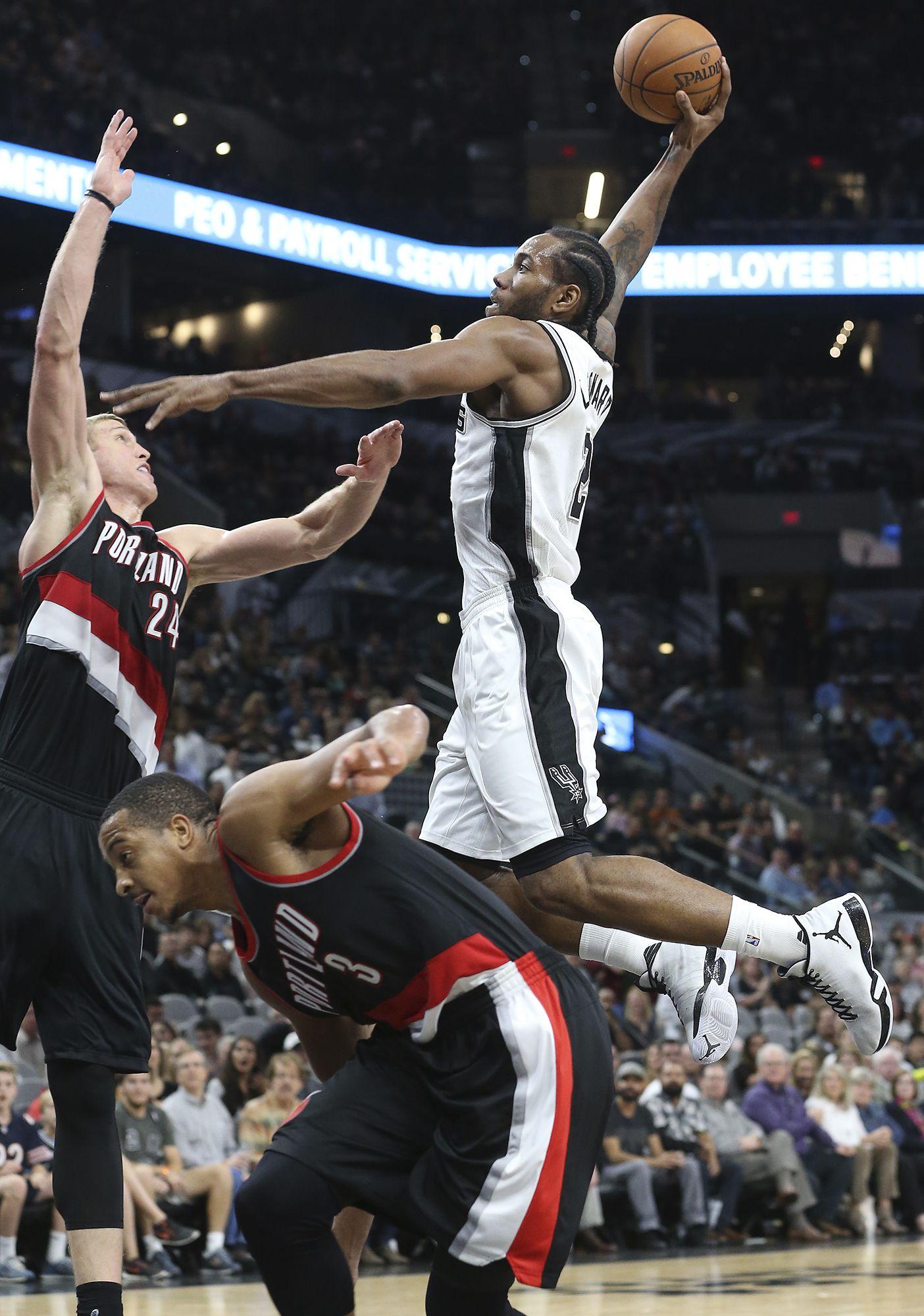 3a6eeed82d0d17 Kawhi Leonard dominating NBA poll of best  poster  dunks.