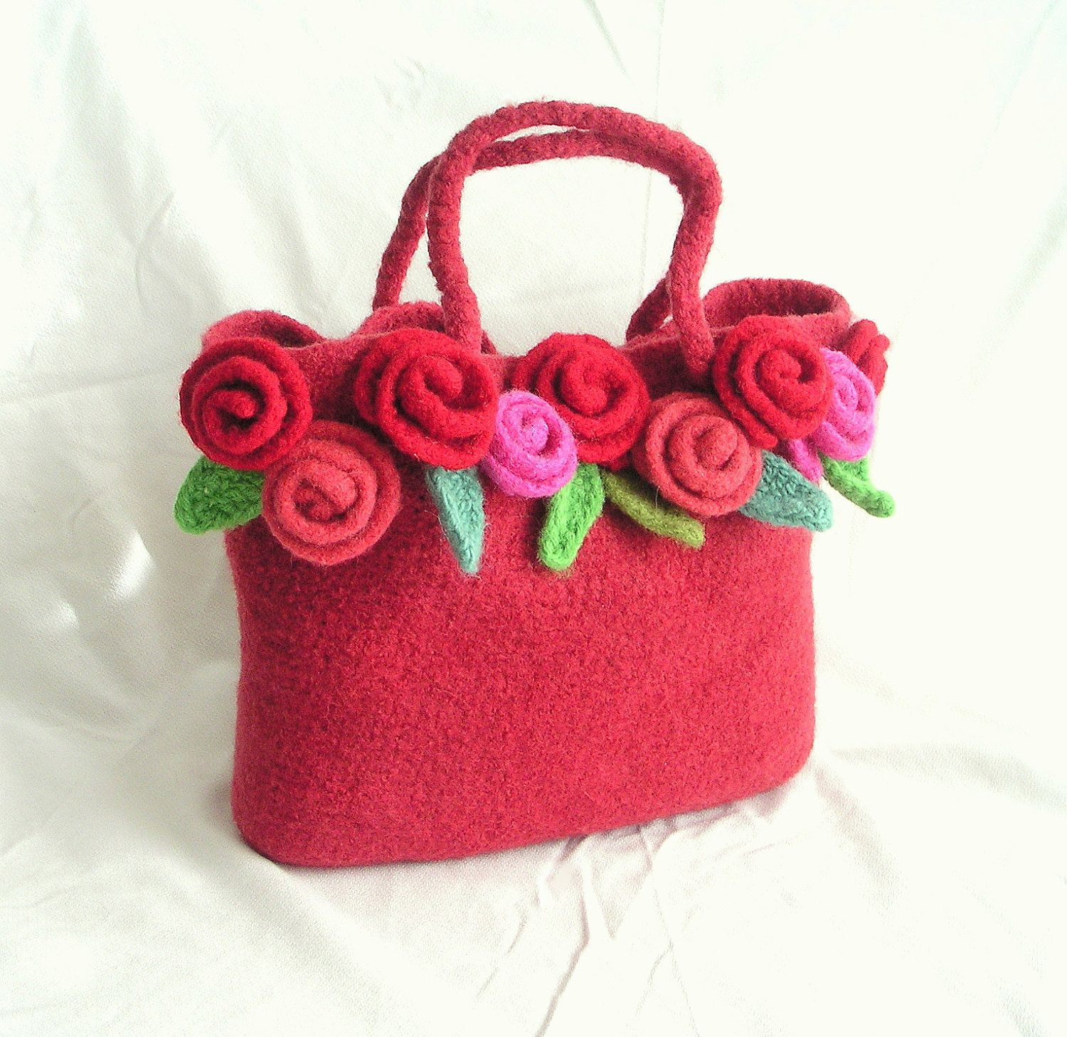 Felted rose bag crochet pattern tutorial pdf crochet bag pattern felted rose bag crochet pattern tutorial pdf crochet bag pattern crochet felt flower pattern bankloansurffo Gallery