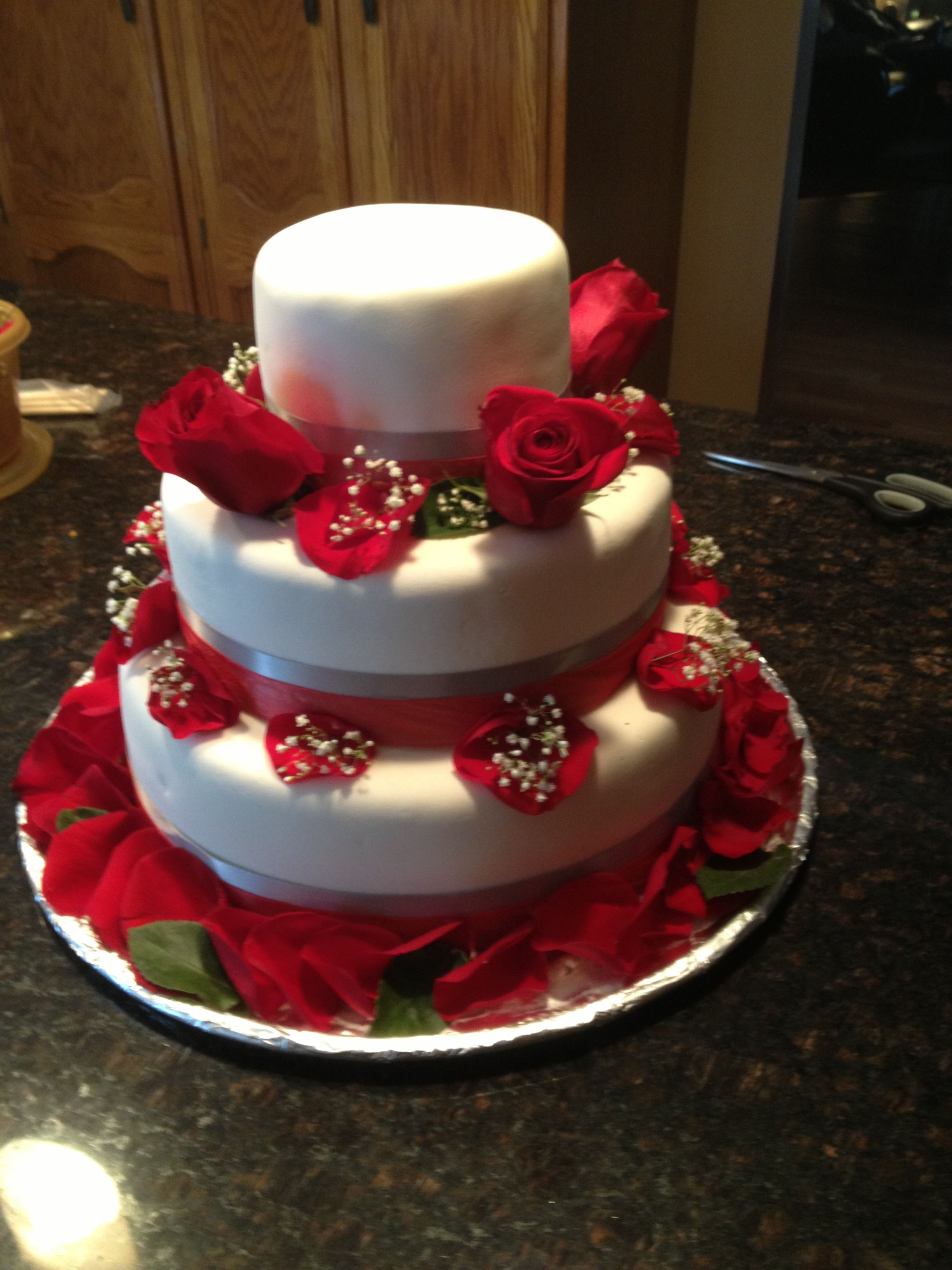 25th wedding anniversary christmas ornament - Made This For A 25th Wedding Anniversary My First Professional Cake White