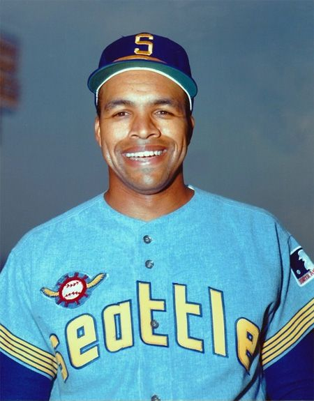 the seattle pilots played their first ever game on the road in
