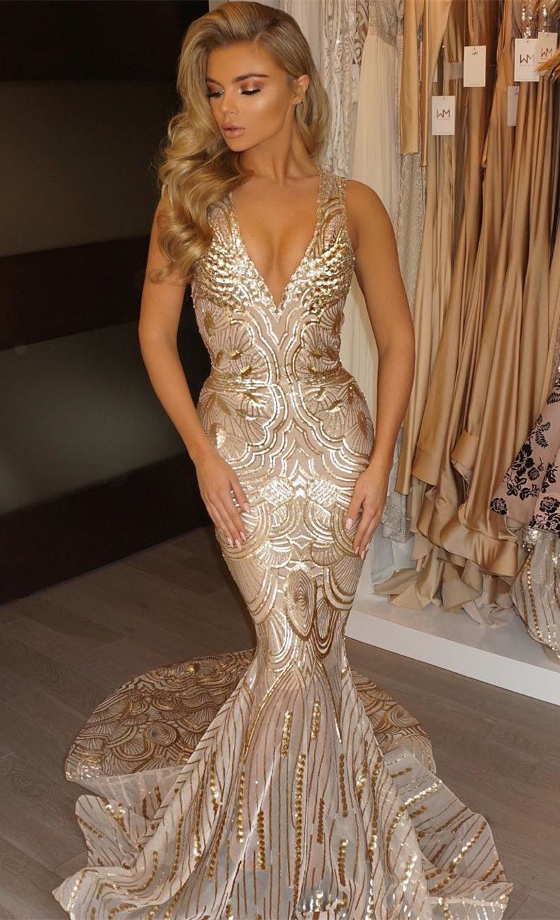 Mermaid vneck court train sleeveless gold lace prom dress with