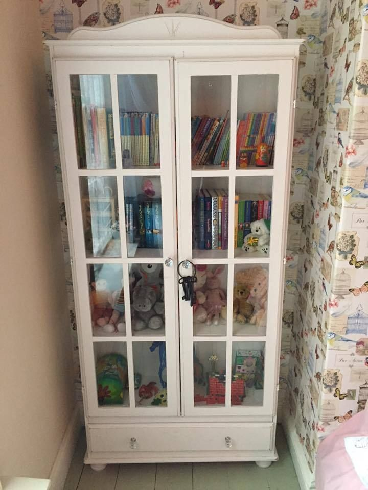 Vintage Shabby Chic White Display Cupboard With Glass Doors