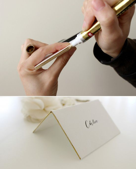 DIY trick: make the edges of your placecards gold using a metallic gold sharpie! #gold #diy