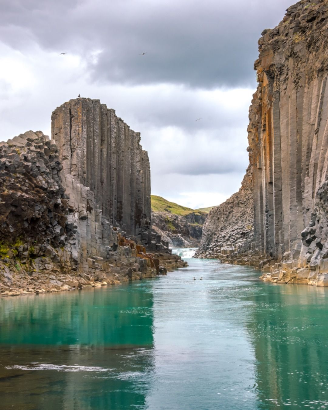 Исландия, базальтовые колонны в 2020 г | Исландия, Горный ...