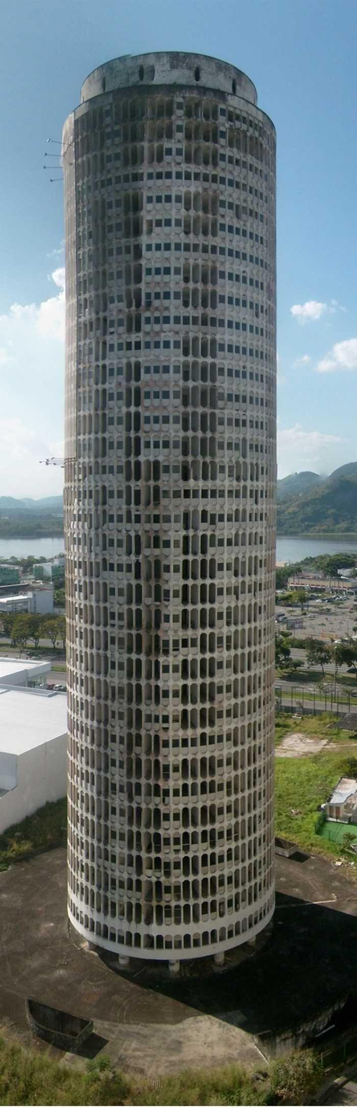 I Dont Carioca: Awesome Abandonments Of Rio de Janeiro