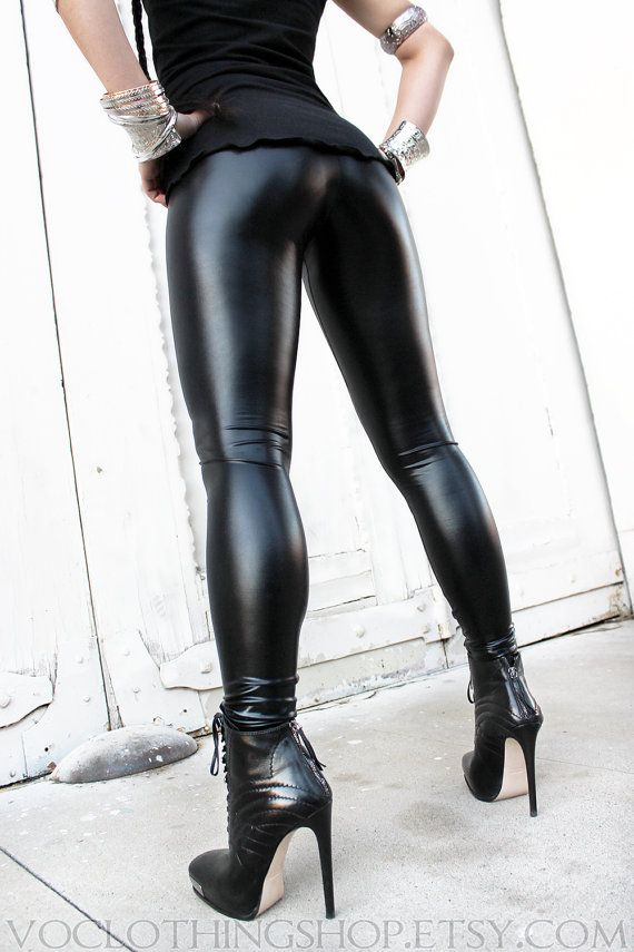 Liquid leggings high heels 5