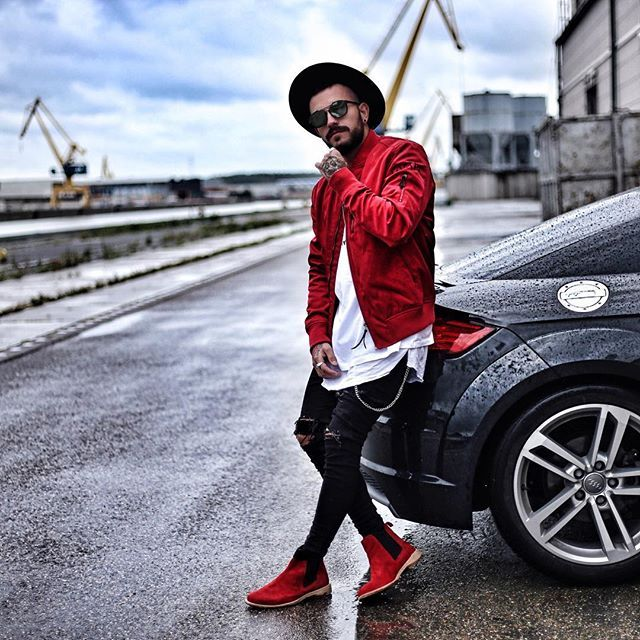 """WEBSTA @ patrickdossantosaveiro - Red shades for this outfit.Love to combine conspicuous colors with neutral ones. Perfect bring out the main points.___________________Jacket : @guapiofficial .Mit dem Code """"Patrick30"""" bekommt ihr 30% auf das ganze Sortiment www.guapi.de .Shoes : @goldline.shoes"""