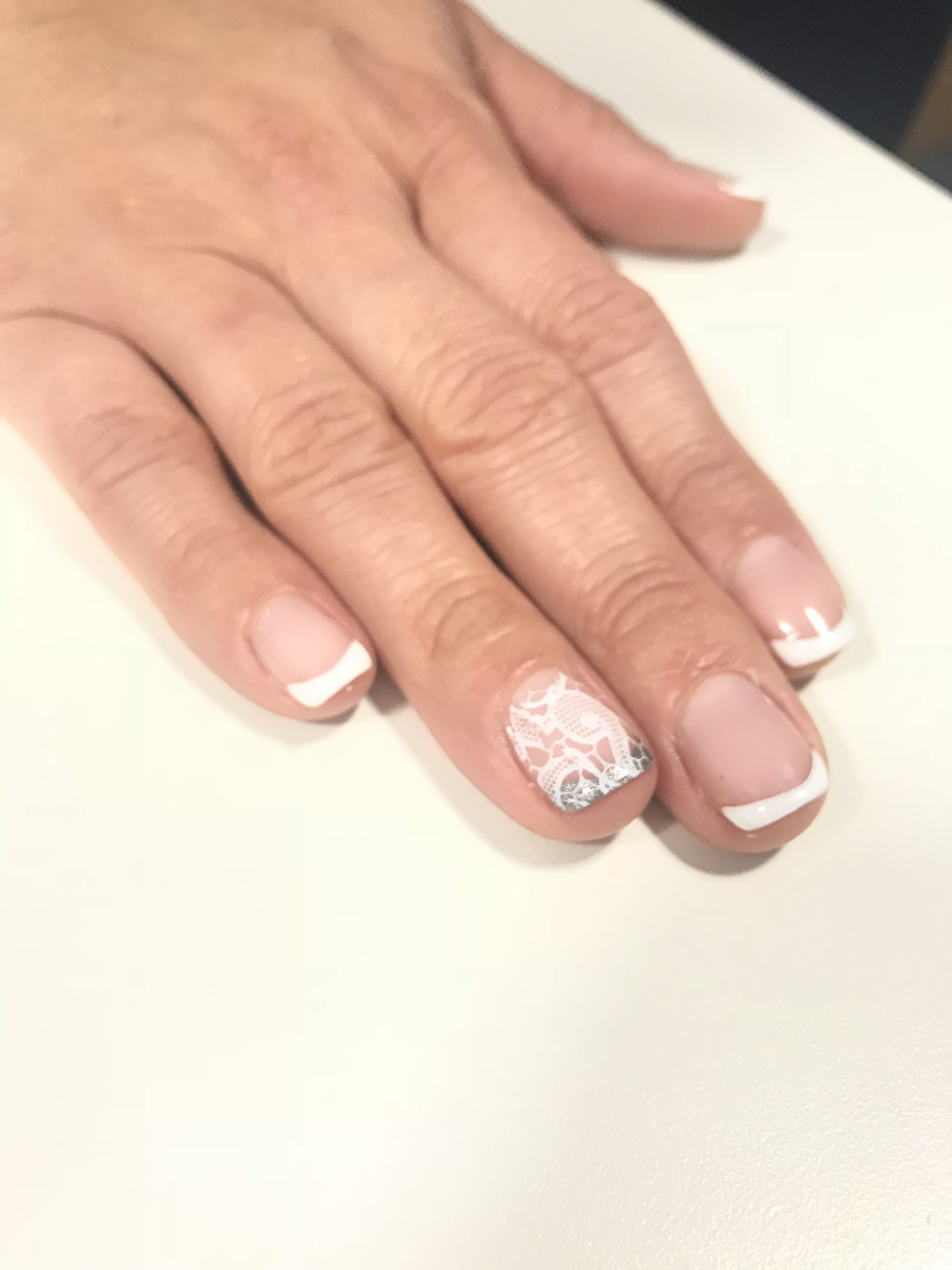 Out Of The Box French Manicure By Diane Diaz Cnd Shellac Manicure