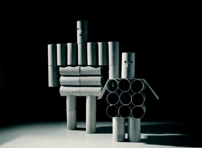 Milimbo robots. Impresionantes robots con #reutilización de rollos de cartón.  #reciclaje #niños