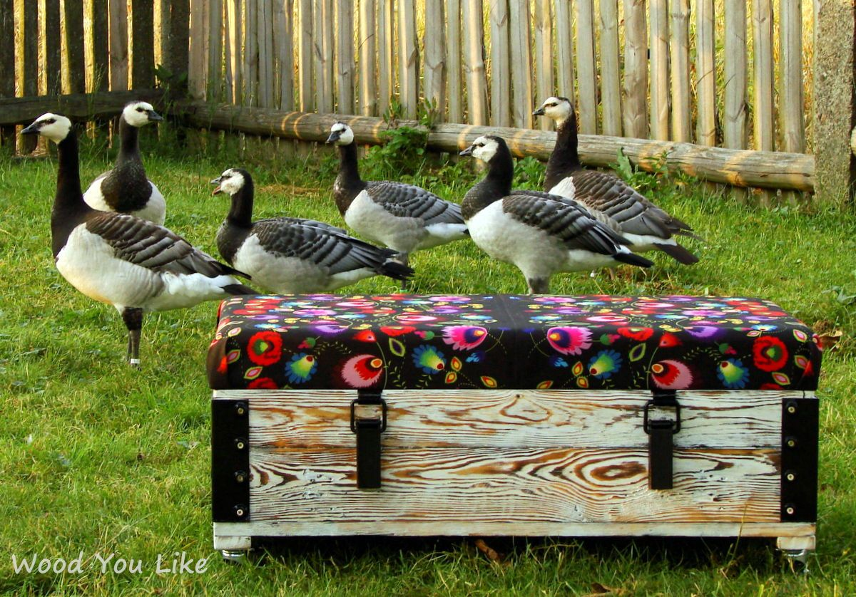 Pin by Laney Bugs Antiques on Pouf Wood furniture diy