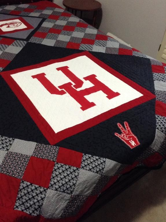 Go Team! 7 College Quilts and Blocks | College, Shirt quilts and ... : quilting houston - Adamdwight.com