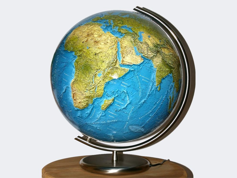 Students compare miniature models to real things then they explore students compare miniature models to real things then they explore maps and globes as miniature gumiabroncs Gallery