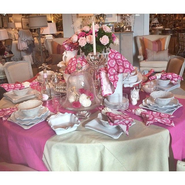 Perfectly Pink table!