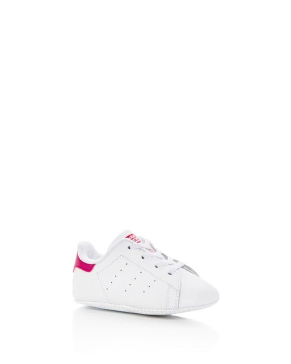 Adidas ragazze stan smith scivolare sulle scarpe, piccolo vestiti