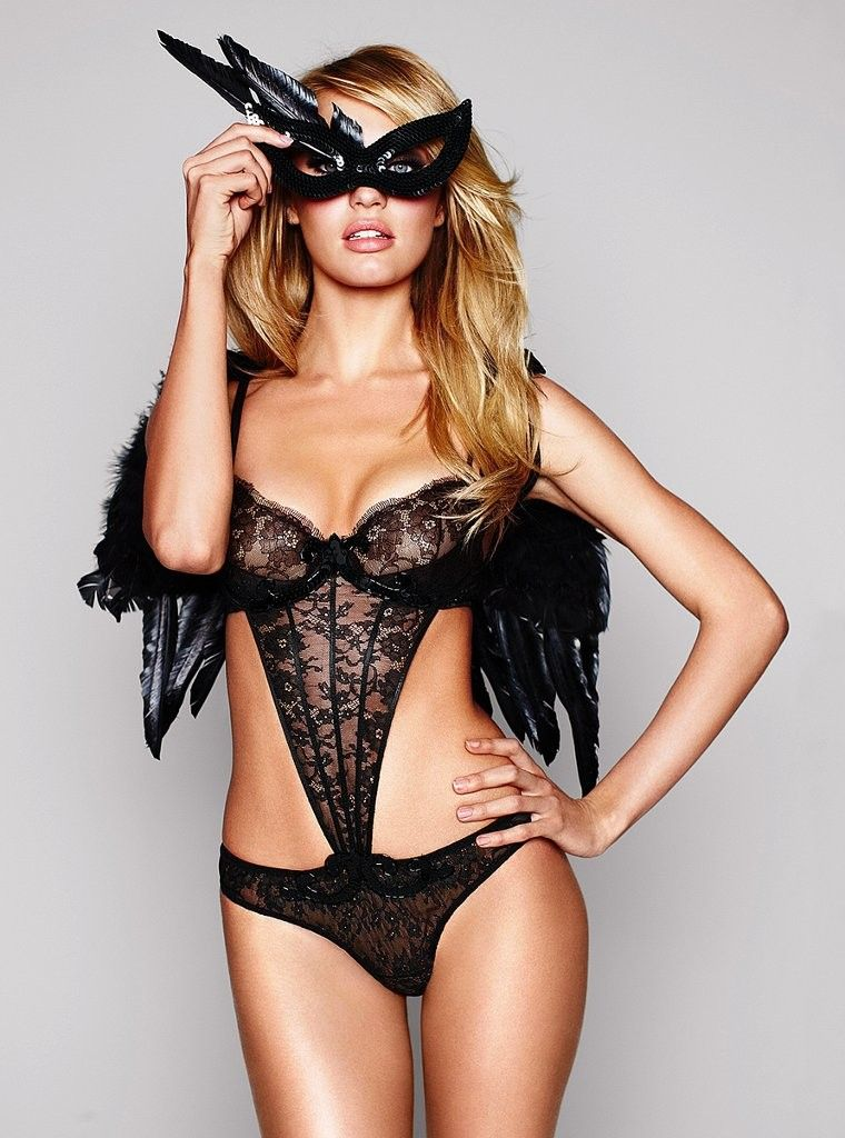party-and-lingerie