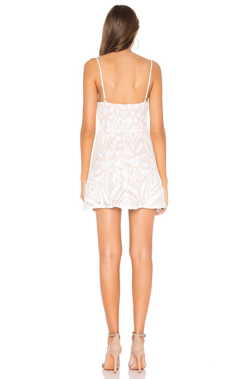 Superdown Tiff Mini Dress In White Affiliate Ad Tiff White Dress Superdown Mini Dress Fashion Dresses [ 1450 x 960 Pixel ]