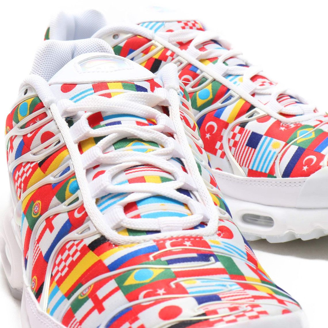 """d49817321d2f06 A Detailed Look At The Nike Air Max Plus NIC """"International Flag ..."""