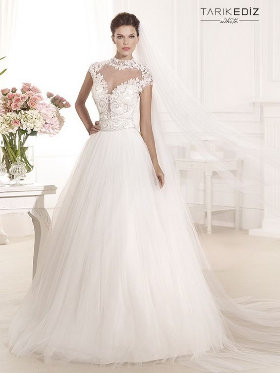 Tarik Ediz Will Realize Wedding Dreams Of Every Bride With This White 2017 Collection Dresses That Enchant Fairy Tale Elegance And