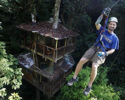 Most Amazing Tree Houses | ... community in Costa Rica of 24 structures all hanging from trees