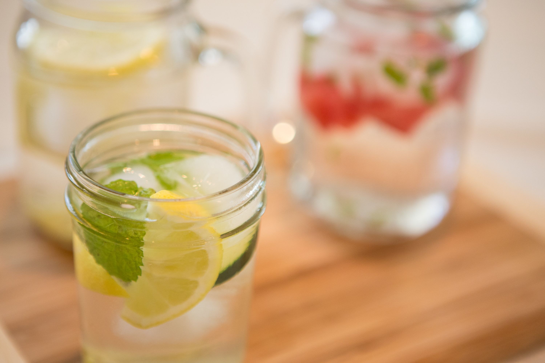 5 Receitas de infusão em água para melhorar sua saúde