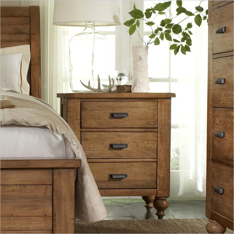 Riverside Furniture Summerhill 3 Drawer Nightstand In Canby Rustic Pine    91668 Overall Product Dimensions: