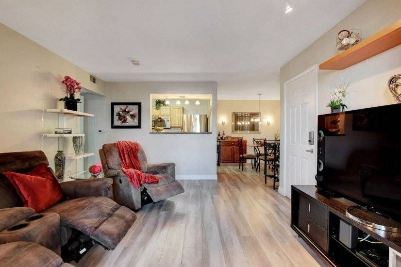Fully Turnkey Condo Available For Rent With Space To Work Remote Furnished Apartments For Rent Furnished Apartment Corporate Housing