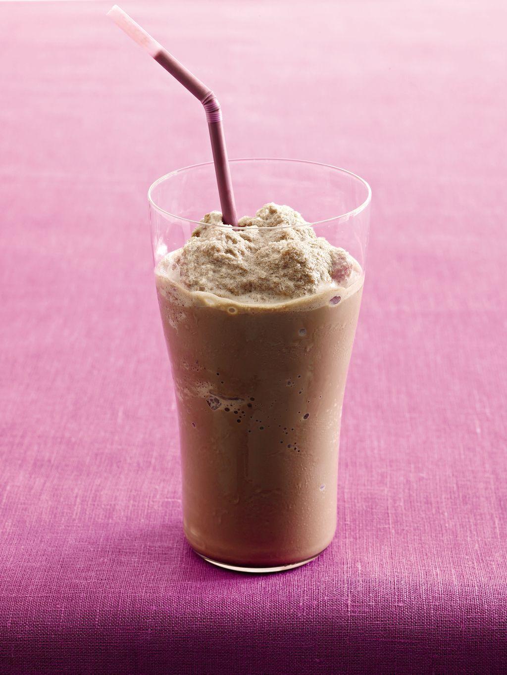 Frosty Chocolate Milkshake #healthychocolateshakes