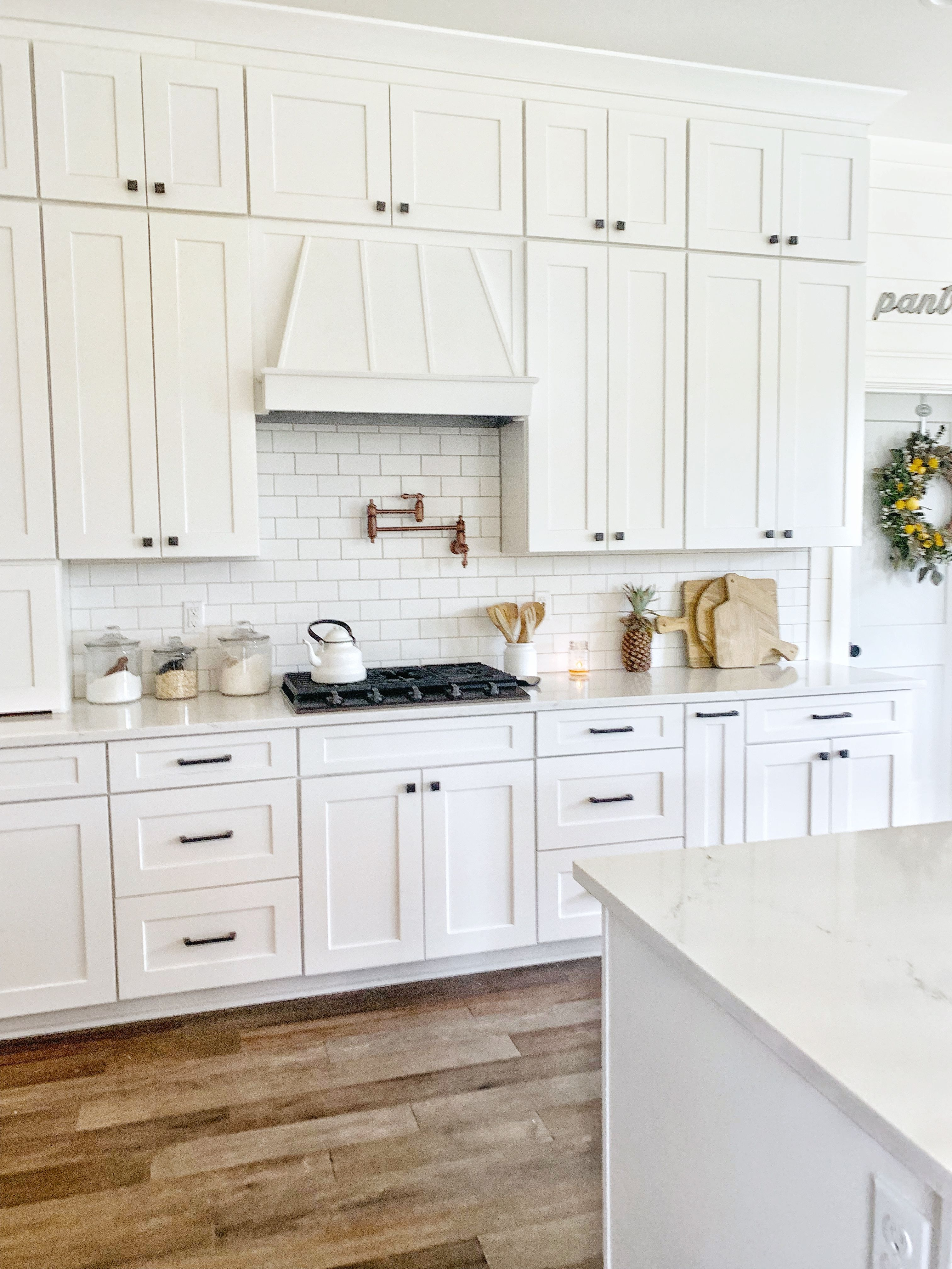 Revival Home Designs Kitchen White Shaker Kitchen White Shaker Kitchen Cabinets White Farmhouse Kitchens