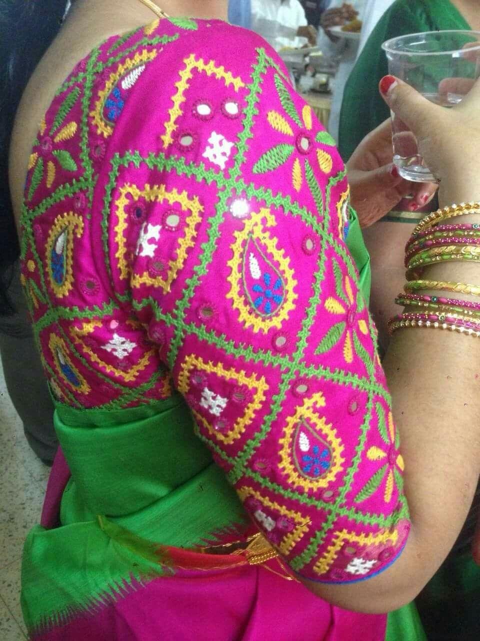 Pin de Anitha Devaraj en Blouse   Pinterest   Bordado y Blusas