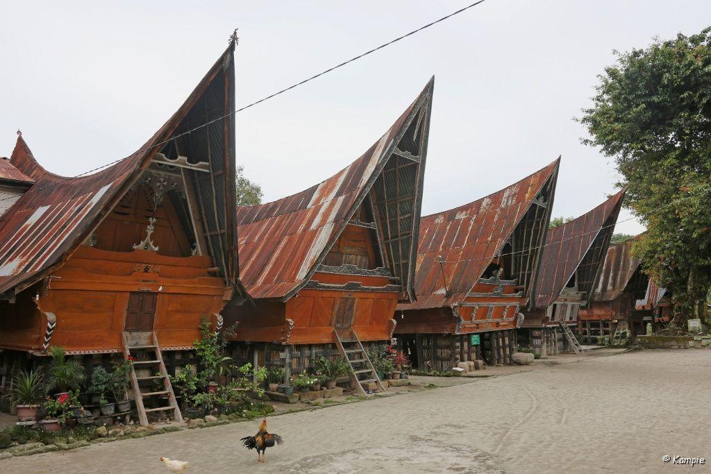Foto Albums Indonesie Sumatra Tobameer En Omgeving Siallagan 2013 06 09 10 02 07 1 Indonesie Monumenten Huizen