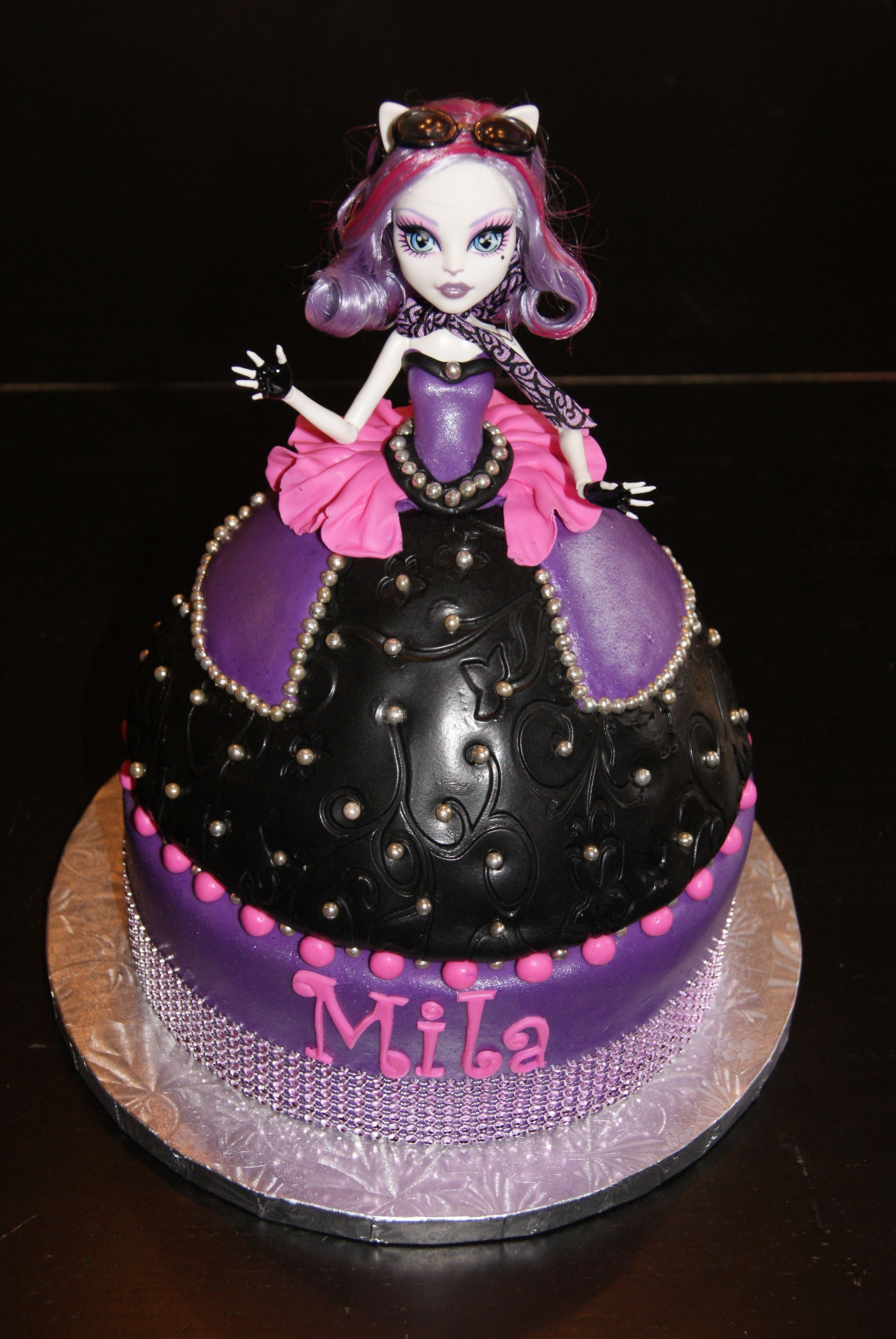 Tremendous Monster High Doll Cake Contessascakes Weebly Com Monster Cake Personalised Birthday Cards Sponlily Jamesorg