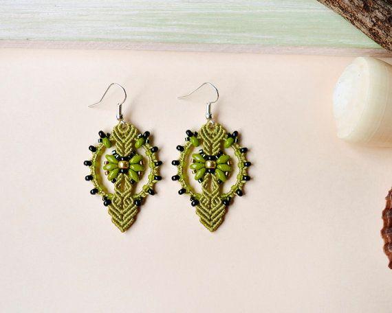 Micro macrame earrings, bohemian earrings, lemongrass black earrings, boho chic, beaded earrings, seed bead jewelry