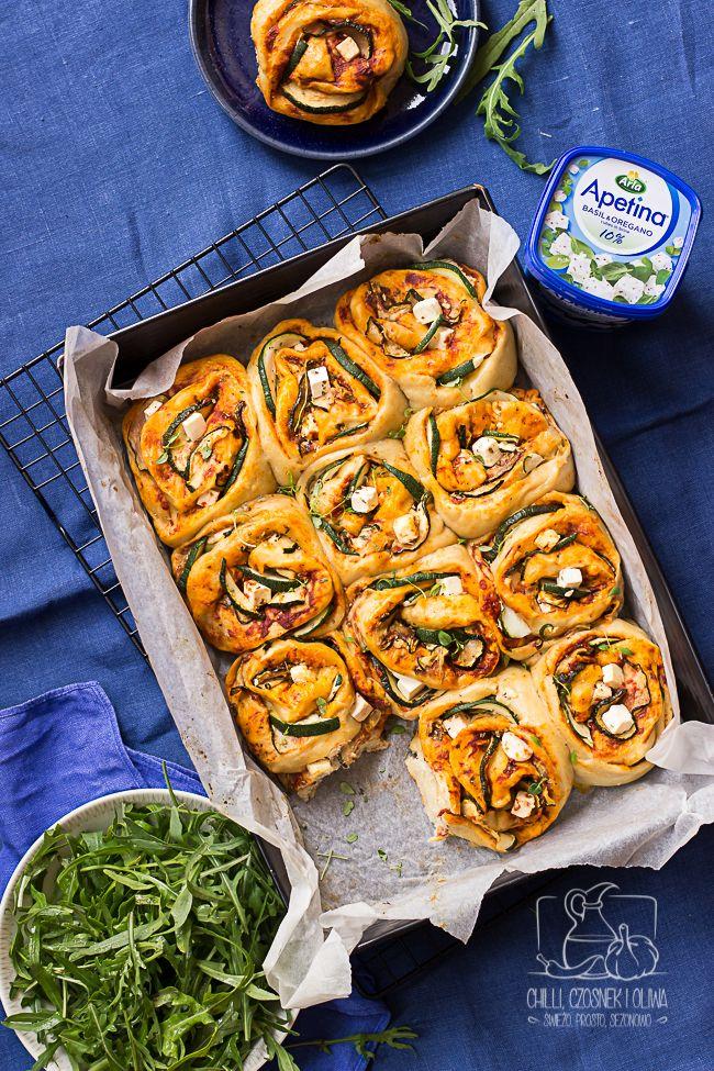 Chilli Czosnek I Oliwa Blog Kulinarny Drozdzowe Buleczki Do Odrywania Z Cukinia I Feta Pizza Zawijana Culinary Recipes Recipes Workout Food