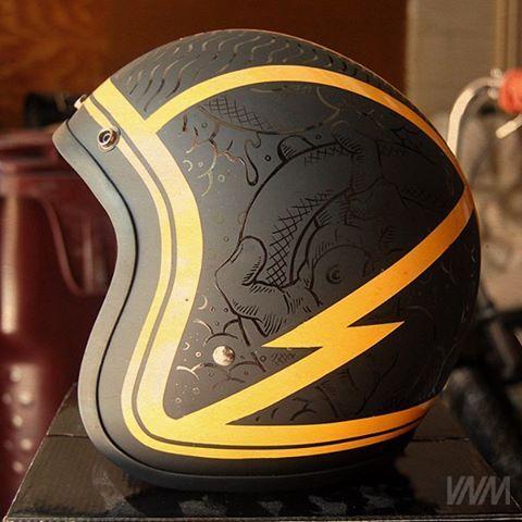 Lightening Bolt Helmet Like The Subtlety Of The Background Design Vintage Helmet Cafe Racer Helmet Helmet Design