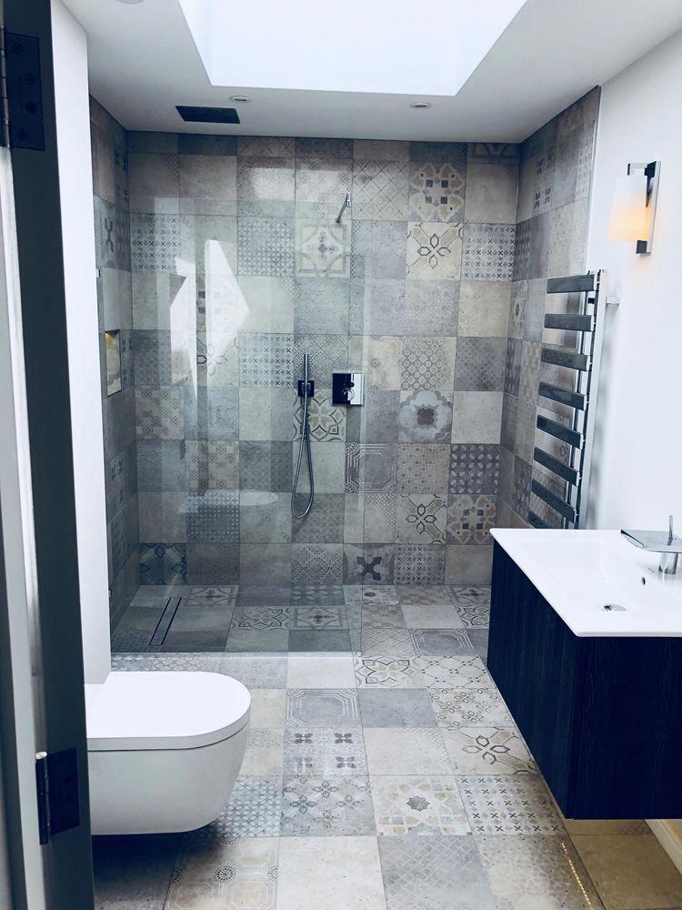 Small Ensuite Encaustic Multi Coloured Tile Modern Bathroom Wet Room Small Bathroom Walk In Shower B Wet Rooms Bathroom Renovation Trends Ensuite Shower Room