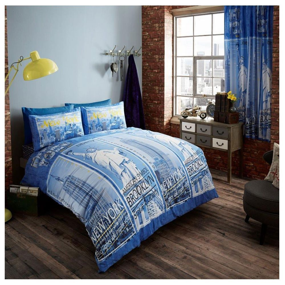 Blue and White New York Printed Double King Duvet Cover