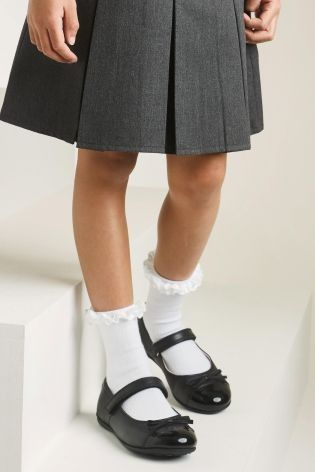 56a0ca3548af Frilly socks makes EVERY school uniform look cute - right !