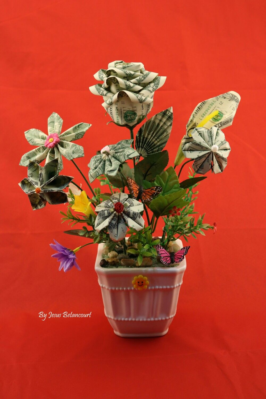 Flowers made of real dollar bills dollar origami pinterest flowers made of real dollar bills mightylinksfo