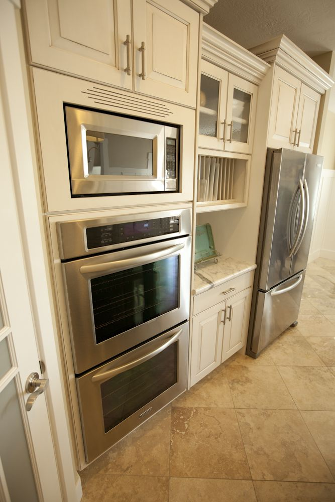 Wasatch Plan   Kitchen Double Oven And Microve In The Luxury Package
