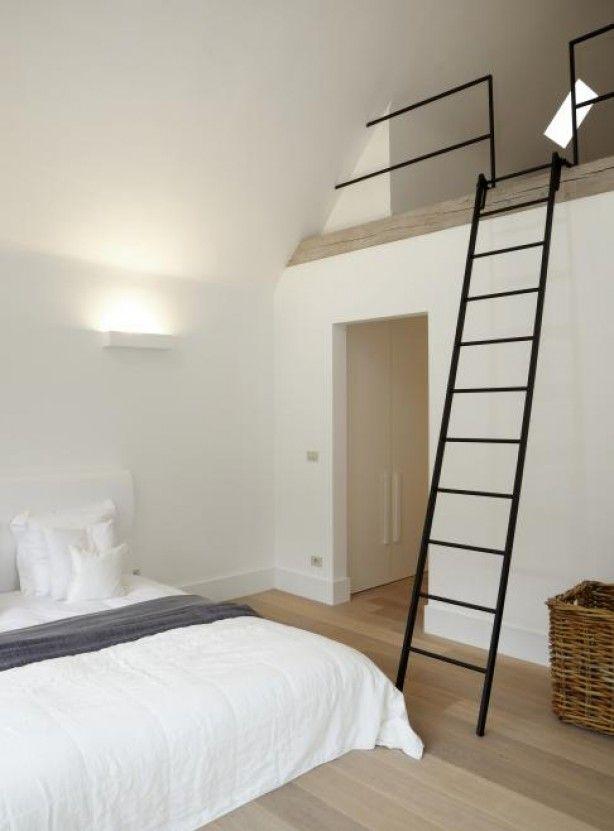 Interieuridee n slaapkamer met vide en trap door merlemathijssen home pinterest - Trap toegang tot zolder ...