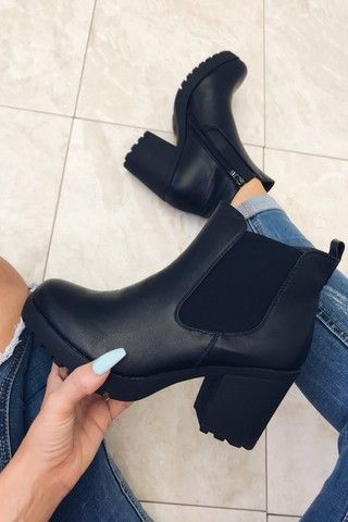 Pin by Mikayla ☻ on 《 Shoes ♡》 in 2019 | Black heel